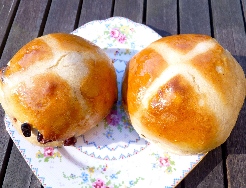 Hot Cross Buns The Ordinary Cook